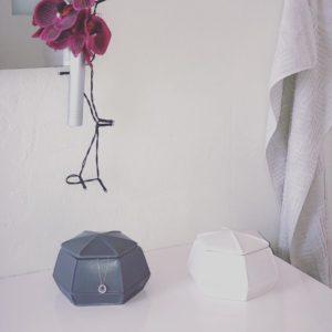Hvid keramik dåse m/låg