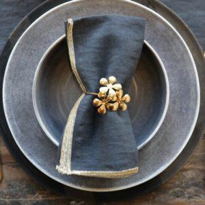 Servietringe m. blomster guld